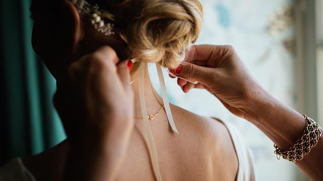הילדה מתחתנת: כך תסייעי לבתך לארגן חתונה!