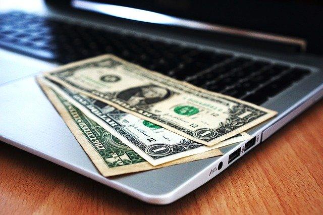החזרי מס לעצמאיים – תגלו כמה כסף מגיע לכם