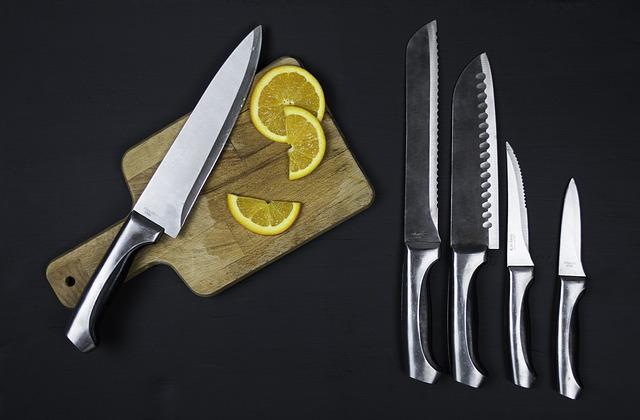 בעלך אוהב לבשל? פרגני לו במתנה סכין שף